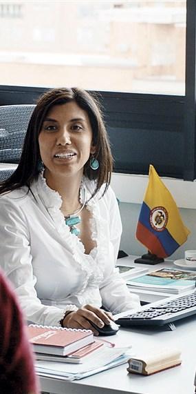 medium_sealand-yenia-abadia-colombia-office